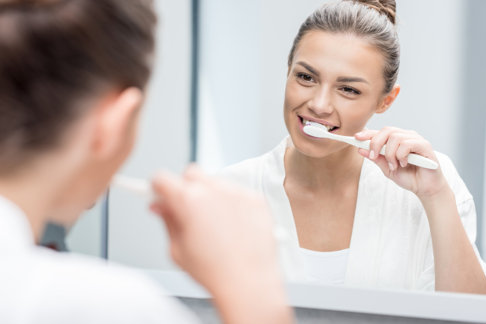 Can a periodontist in Lake Worth help my gum disease?